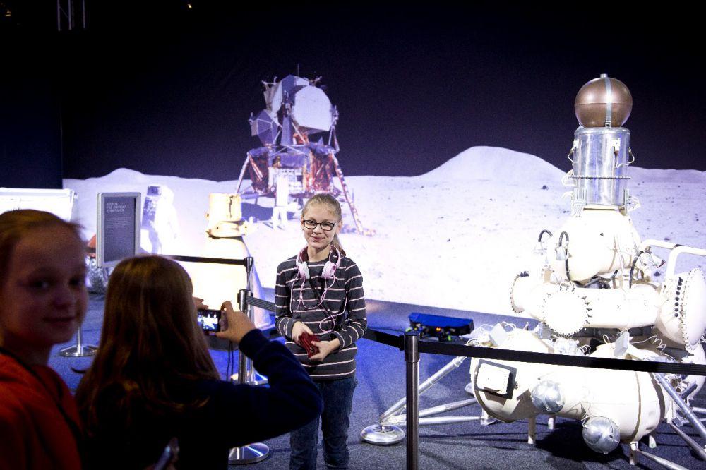 foto cosmos discovery bambini
